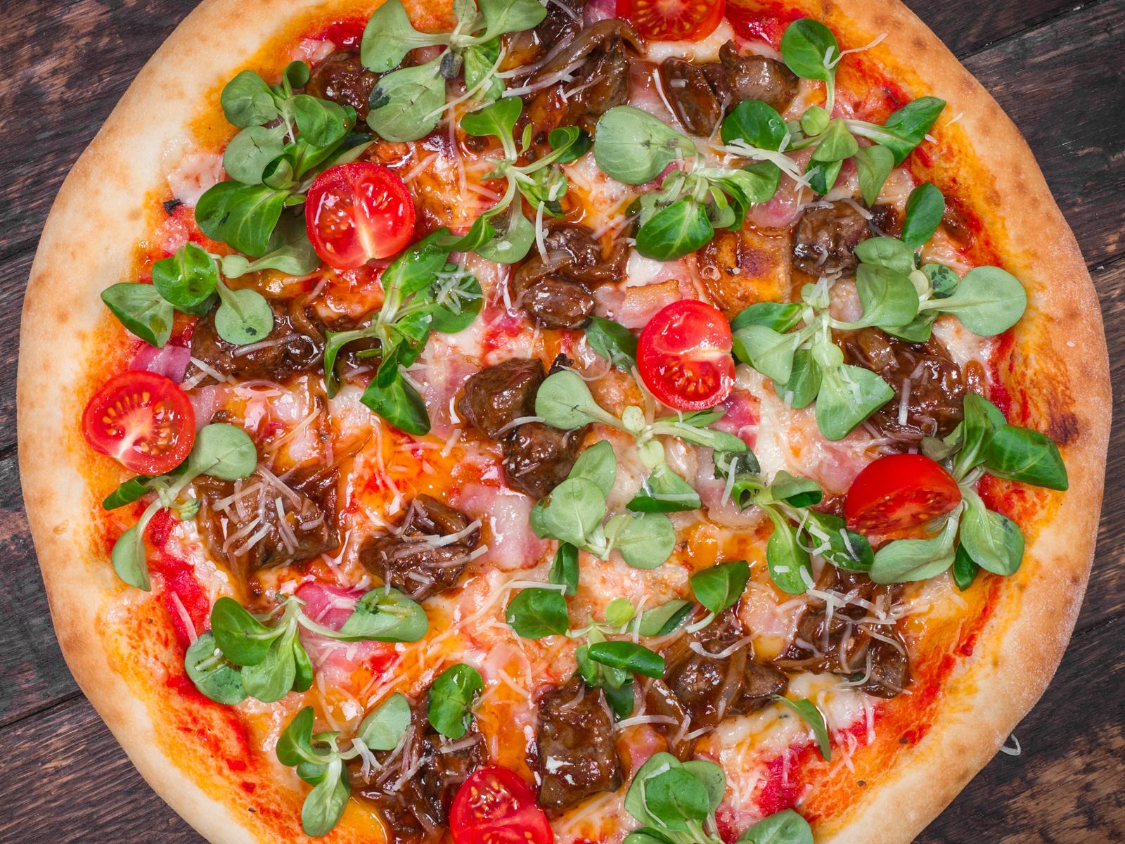 Пицца с печенью индейки