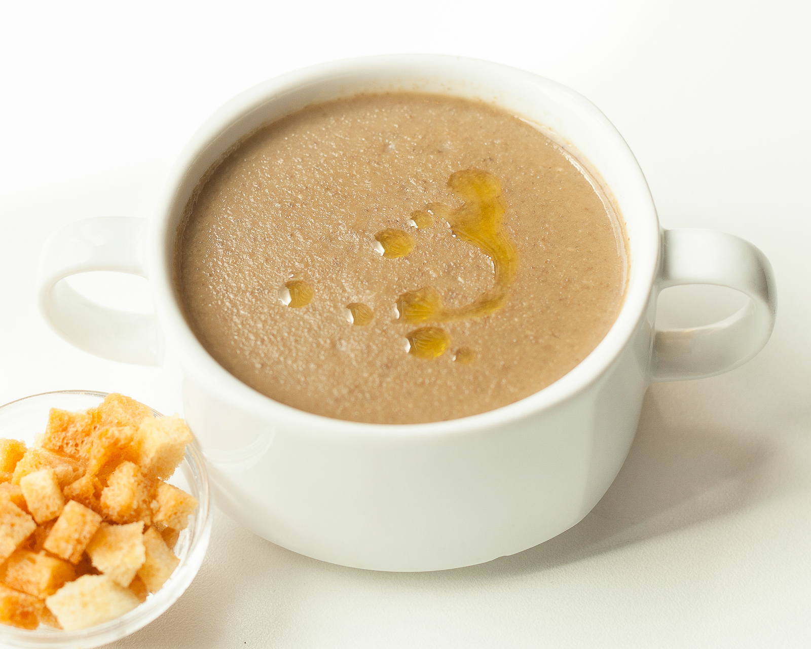 Суп-крем из белых грибов