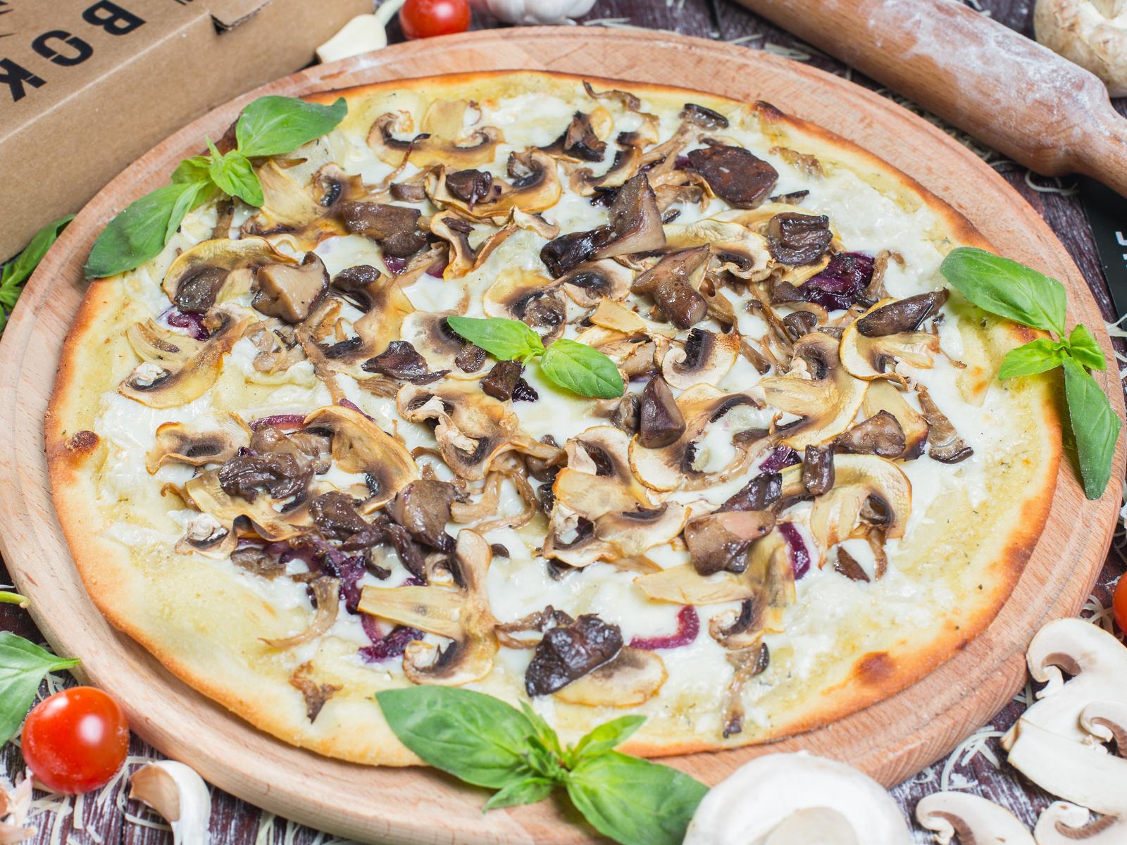 Пицца Грибная на толстом тесте
