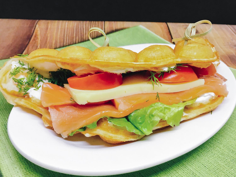 Вафля Сэндвич с семгой