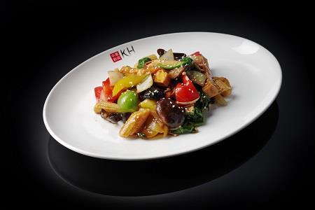 Овощи с тофу, обжаренные на воке (350 гр)