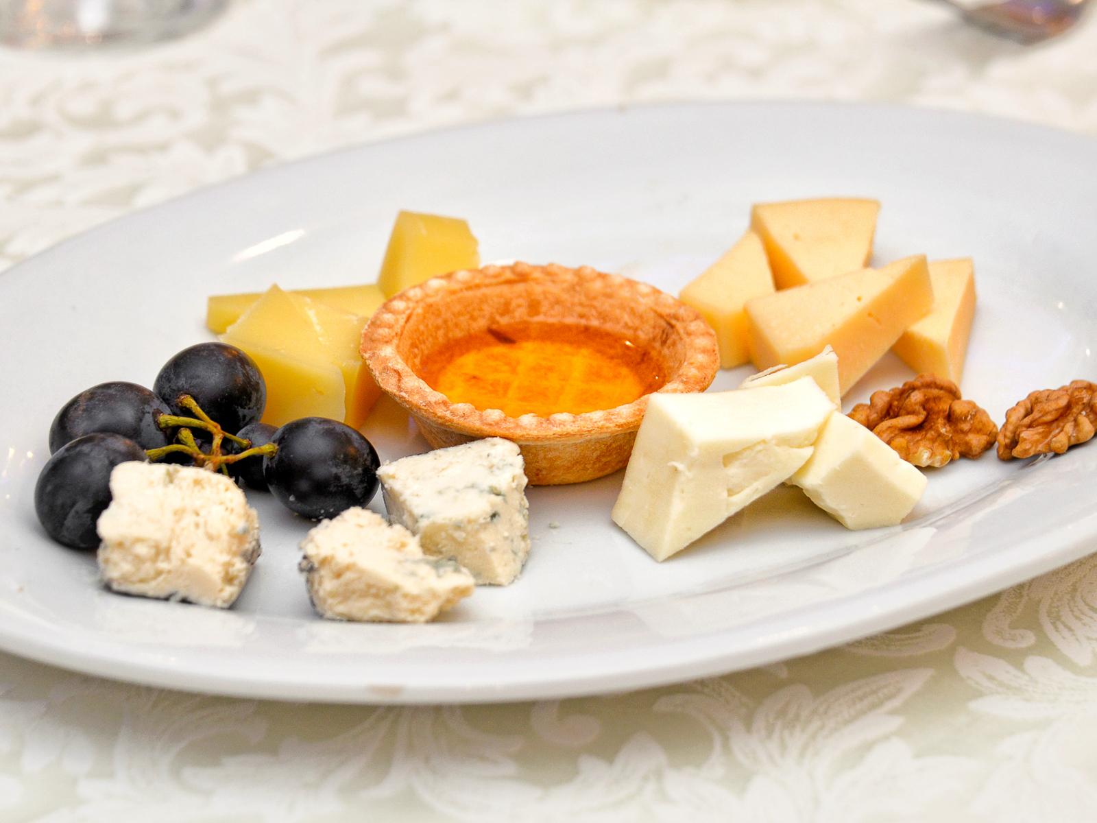 Сырное Плато