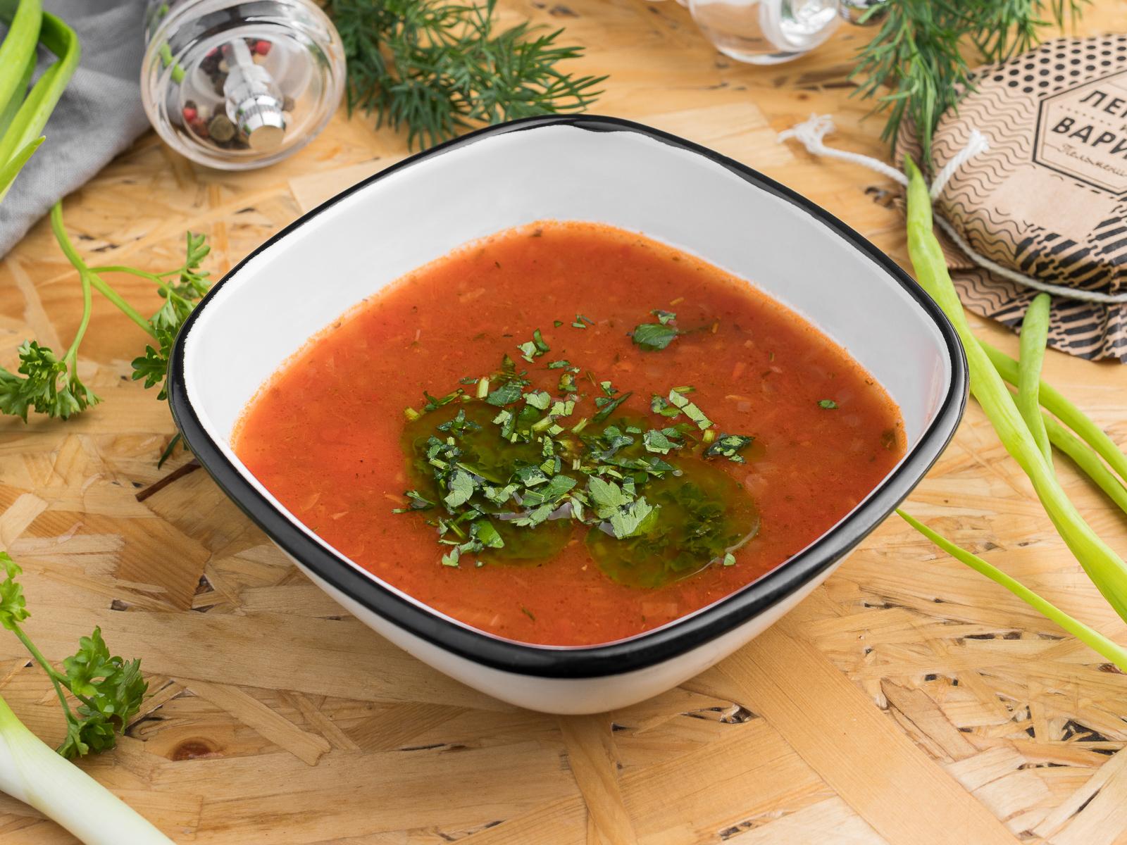 Весенний томатный суп с фасолью