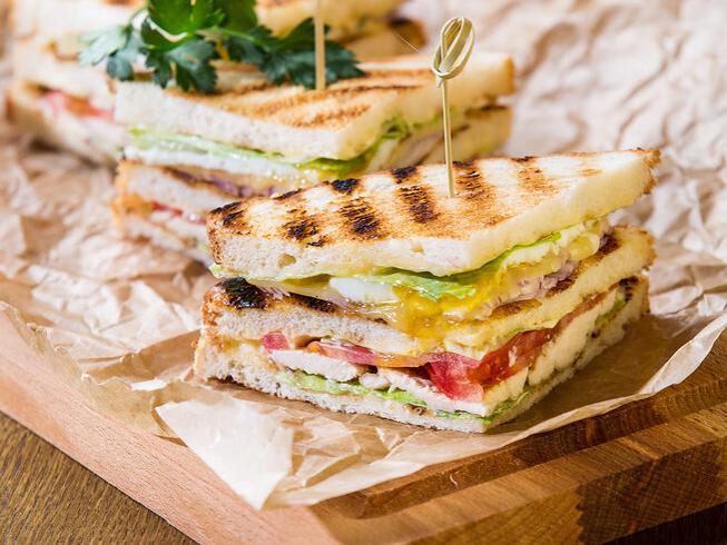 Клаб-сендвич