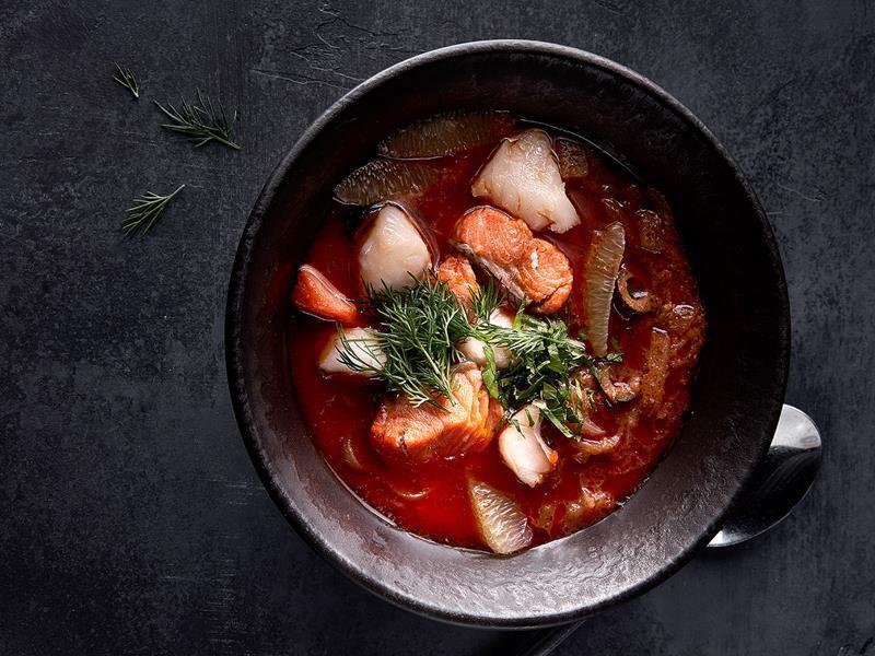 Рыбная солянка с судаком и форелью