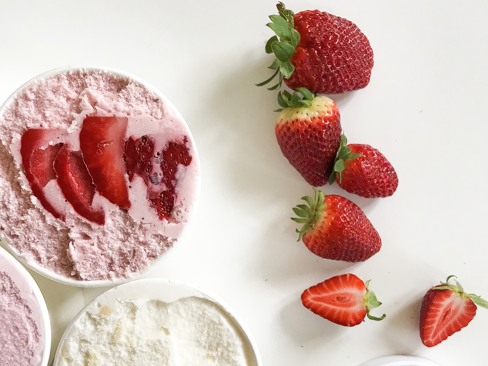 Мороженое Клубника и лемонграсс