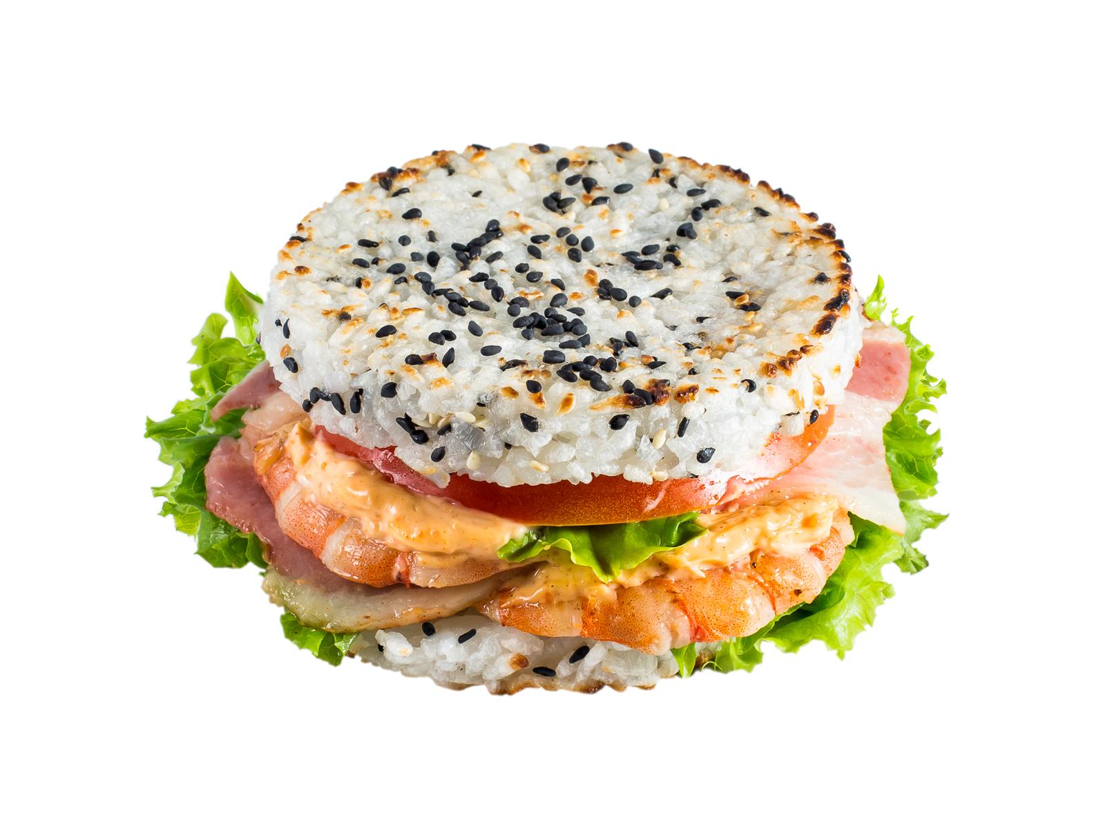 Рисовый бургер с креветкой и беконом