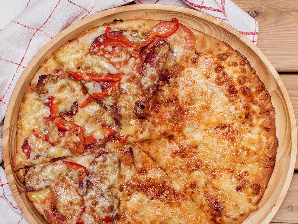 Пицца 4 сыра-Пепперони