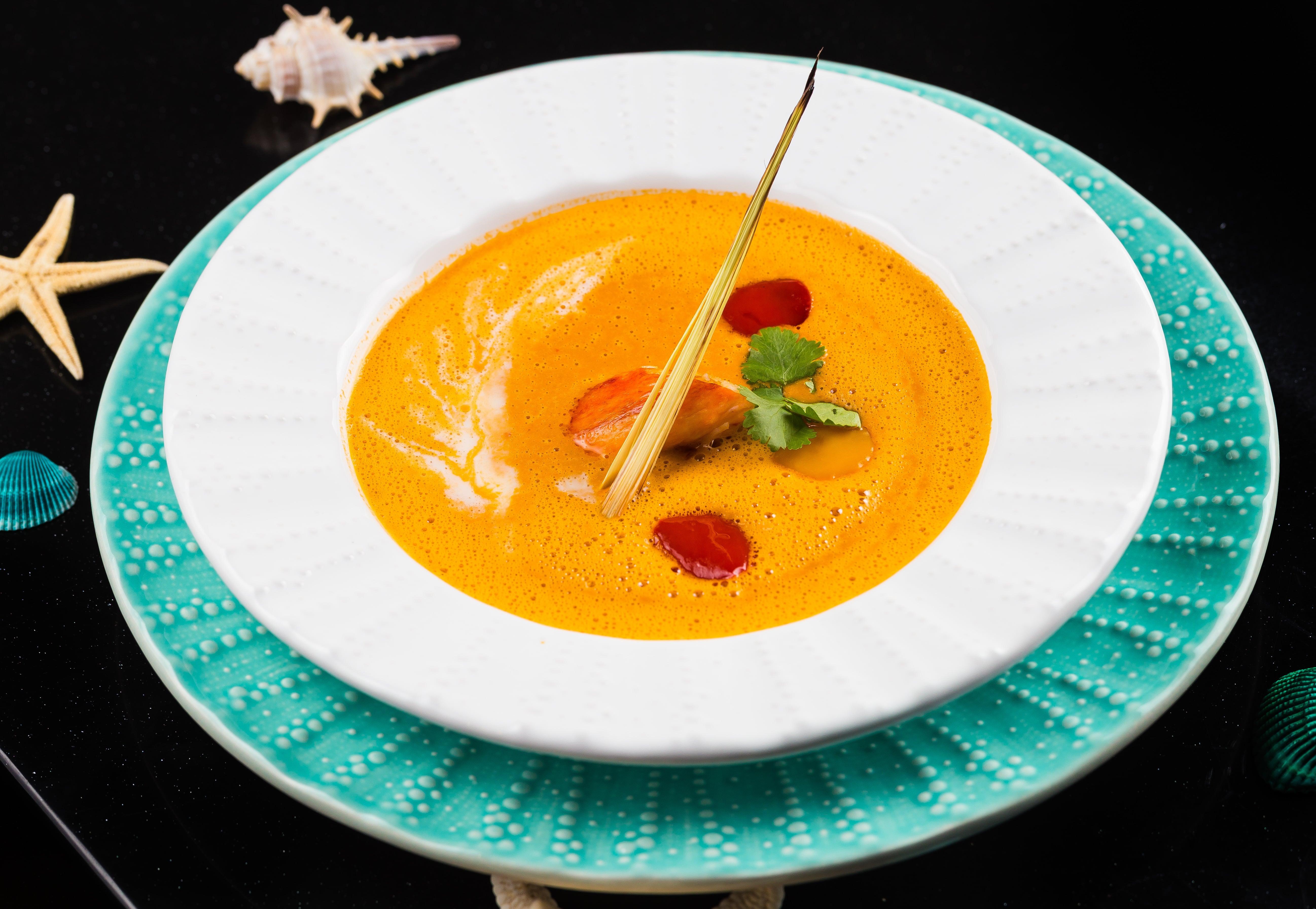 Суп с крабом и кокосовым молоком