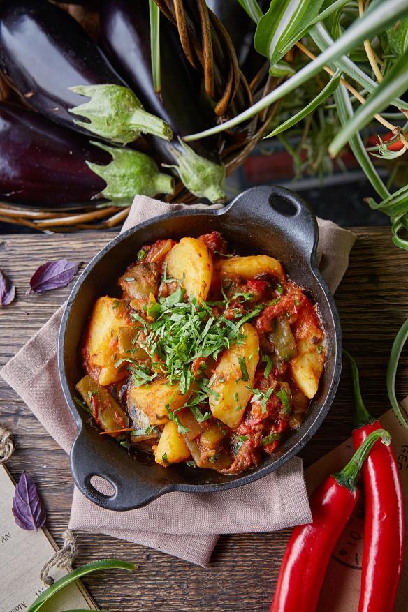 Аджапсандал с картофелем