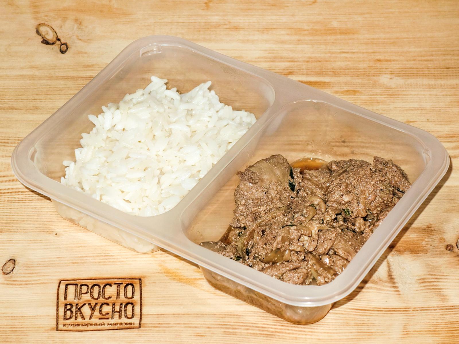 Куриная печень в соусе терияки с рисом