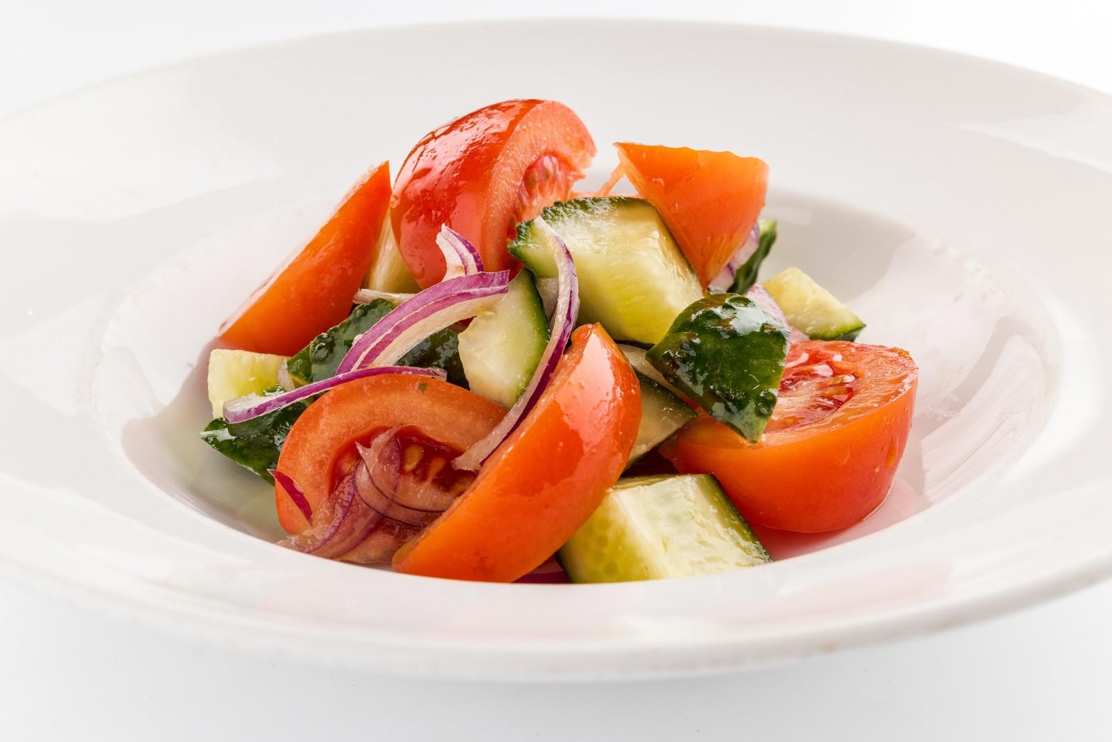 Овощной салат с заправкой