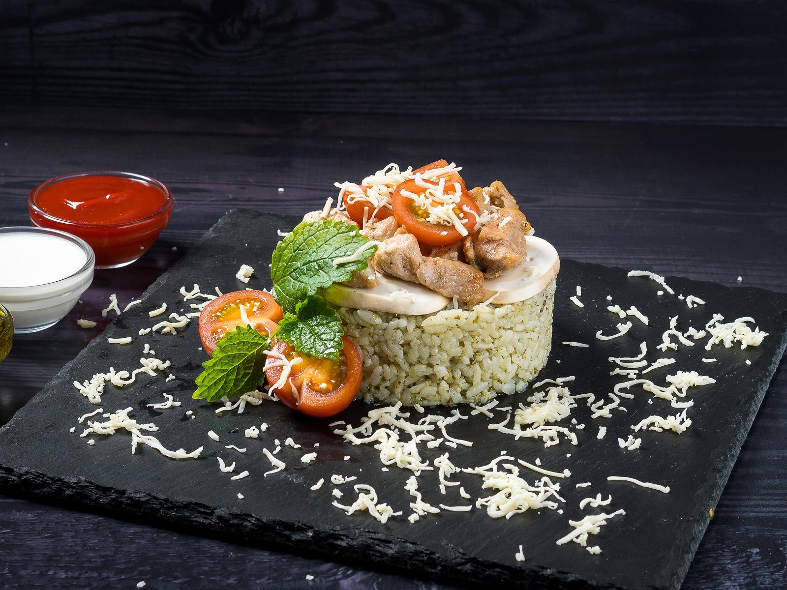 Рис Песто с курицей и грибами
