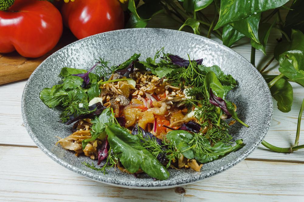 Мангал-салат с вешенками