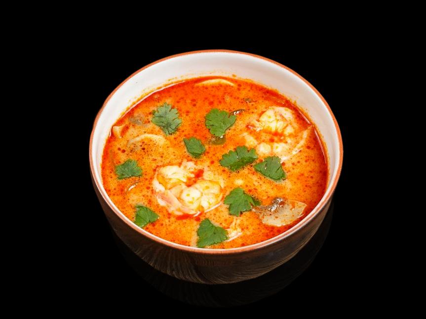 Суп Том Ям с тигровыми креветками