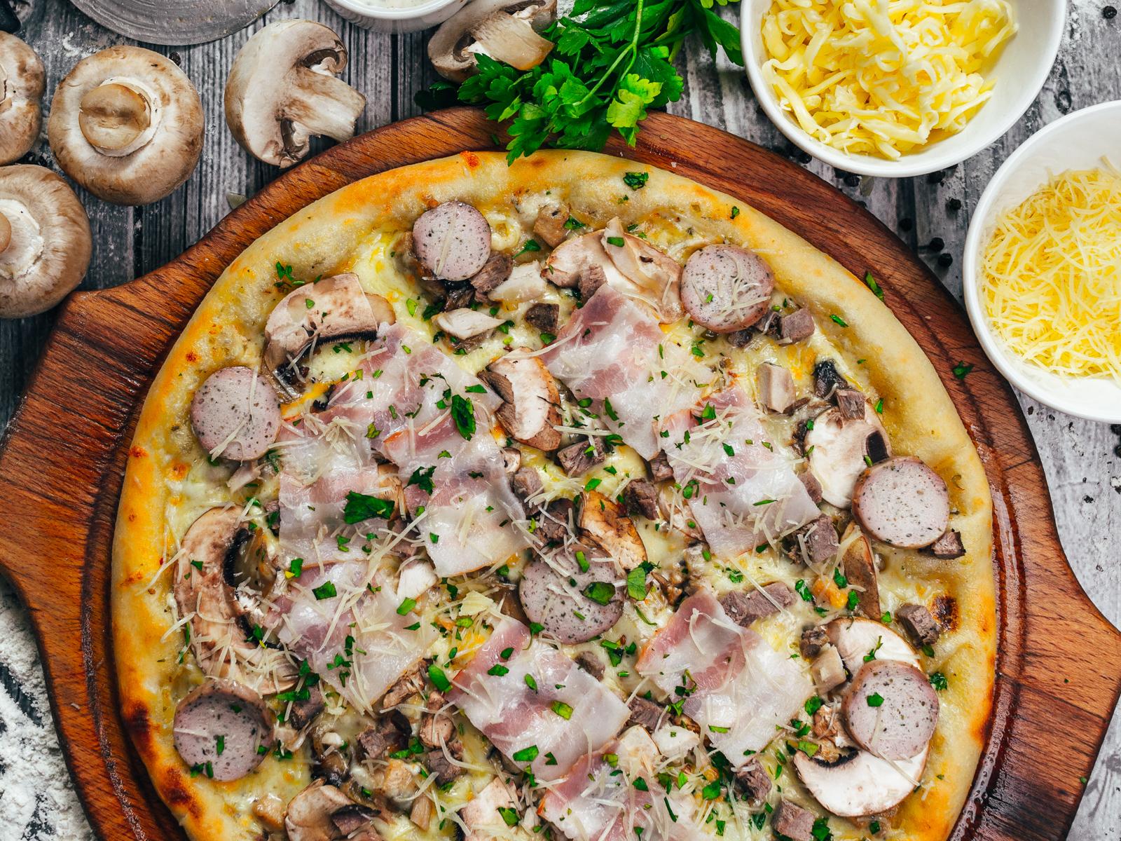 Пицца Спарта Бьянко