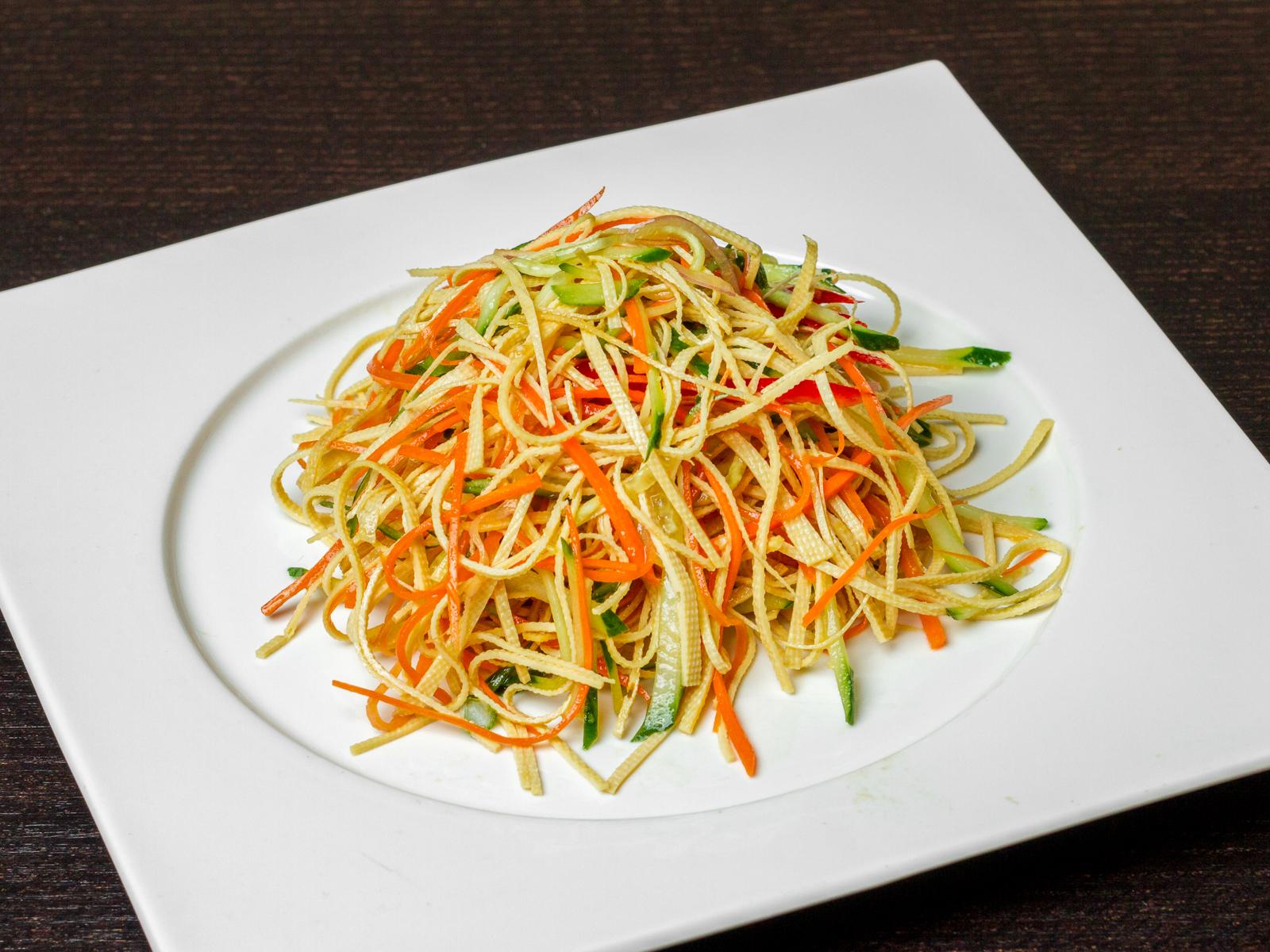Салат Тофу с овощами