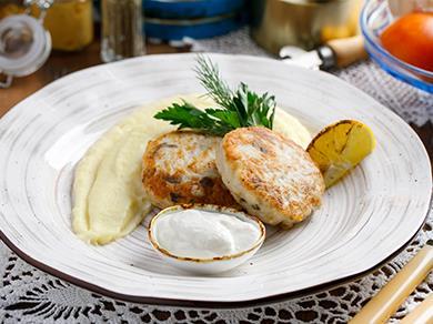 Котлеты из щуки с картофельным пюре
