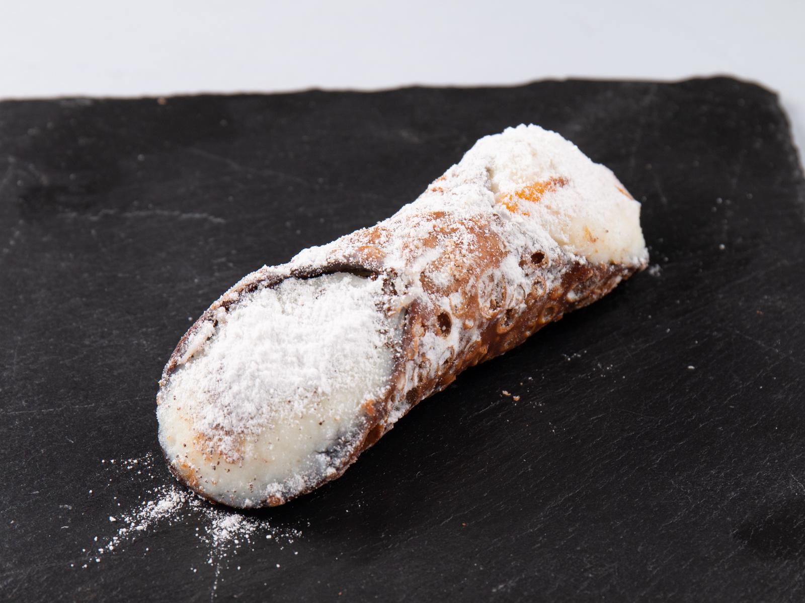 Пирожное Сицилийская каноло