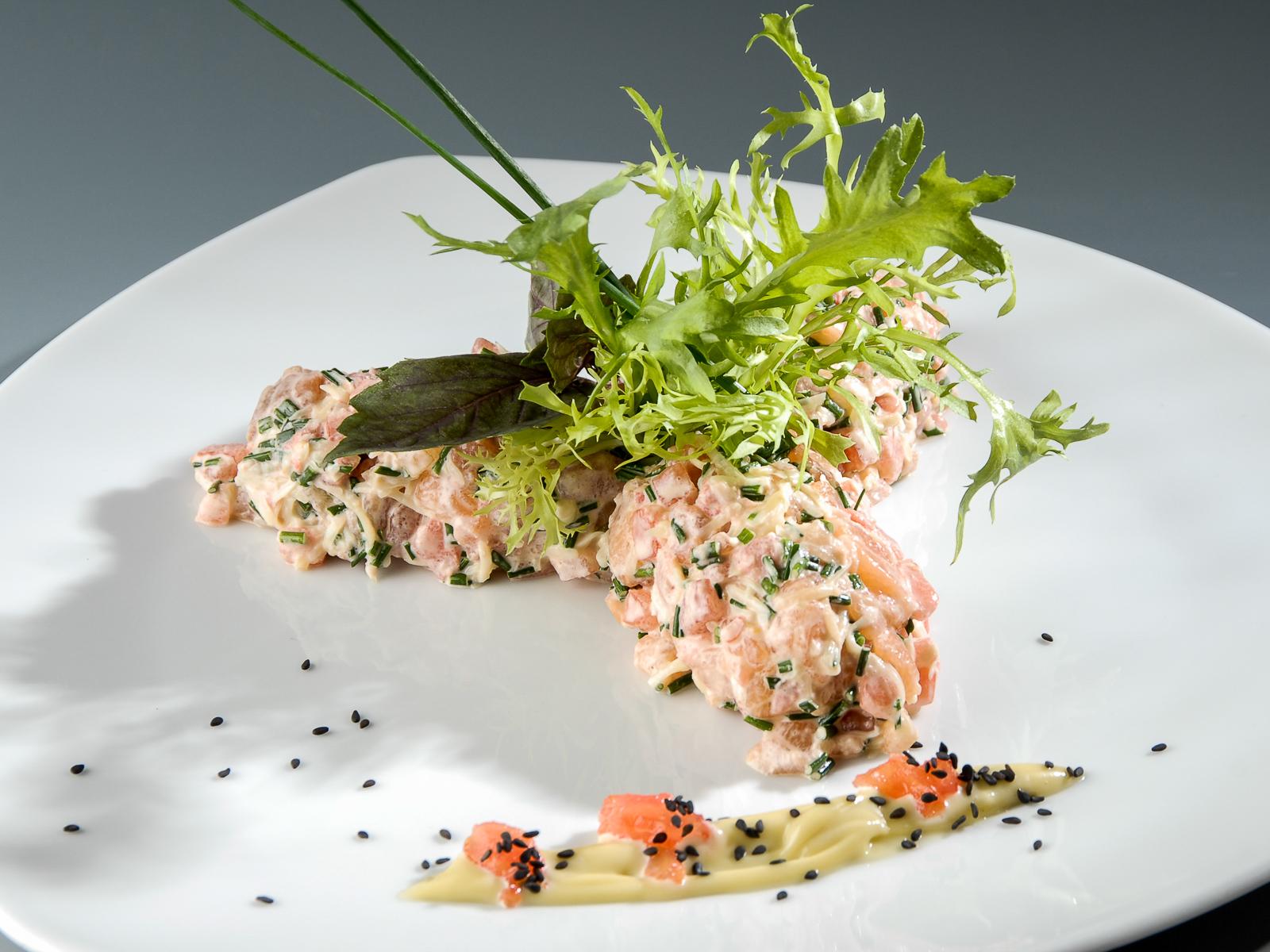 Тартар из малосоленого лосося