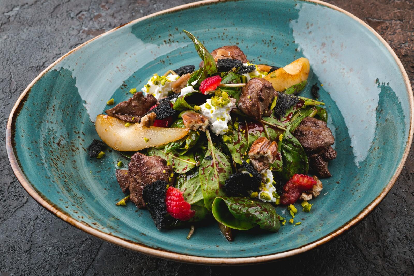 Салат 2 шпината и малина