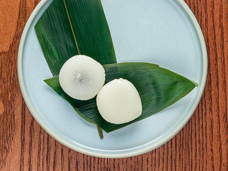 Десерт рисовый с кунжутной пастой