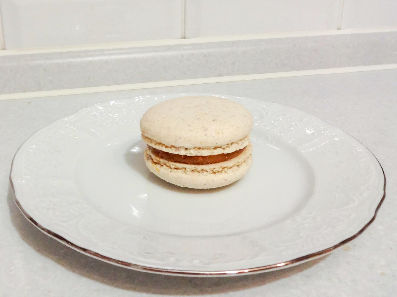 Пирожное Макаруны со вкусом ванили