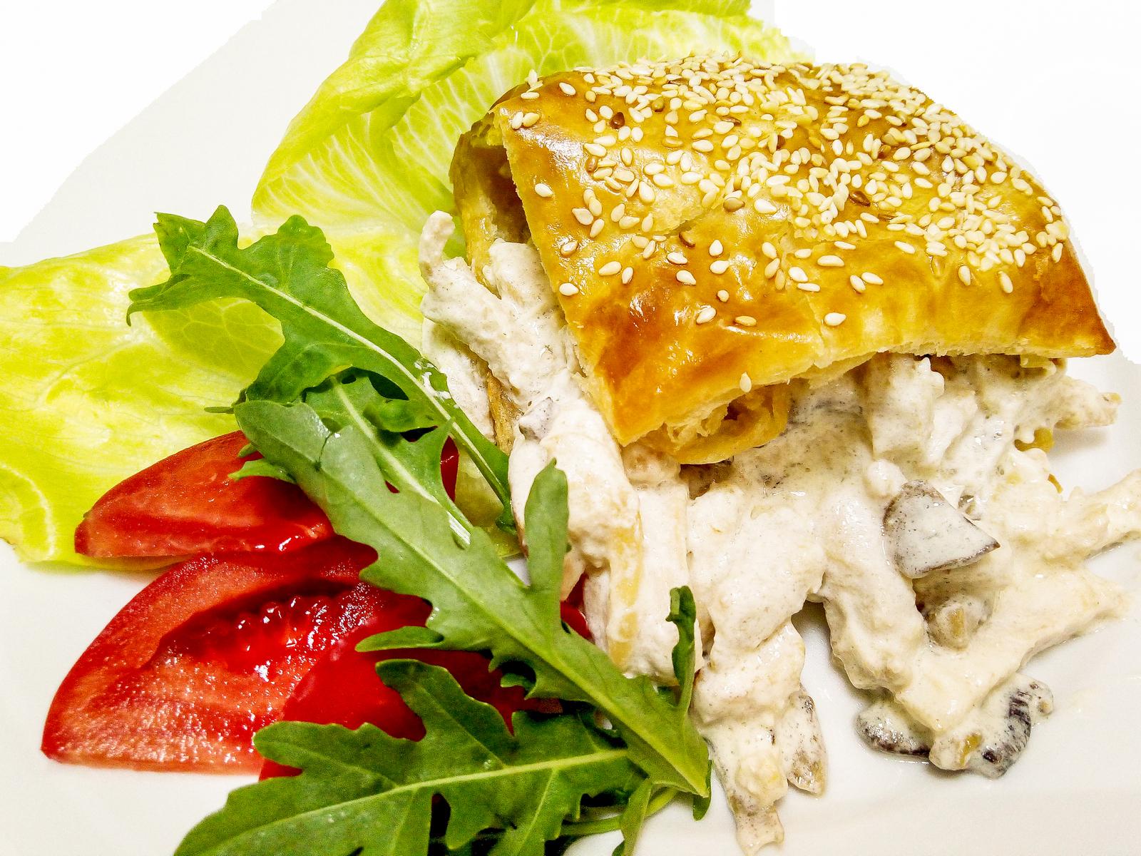 Филе цыпленка в соусе