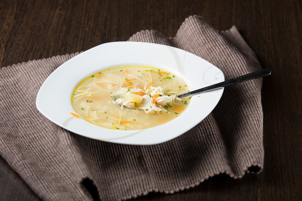 Куриный суп Лапшита