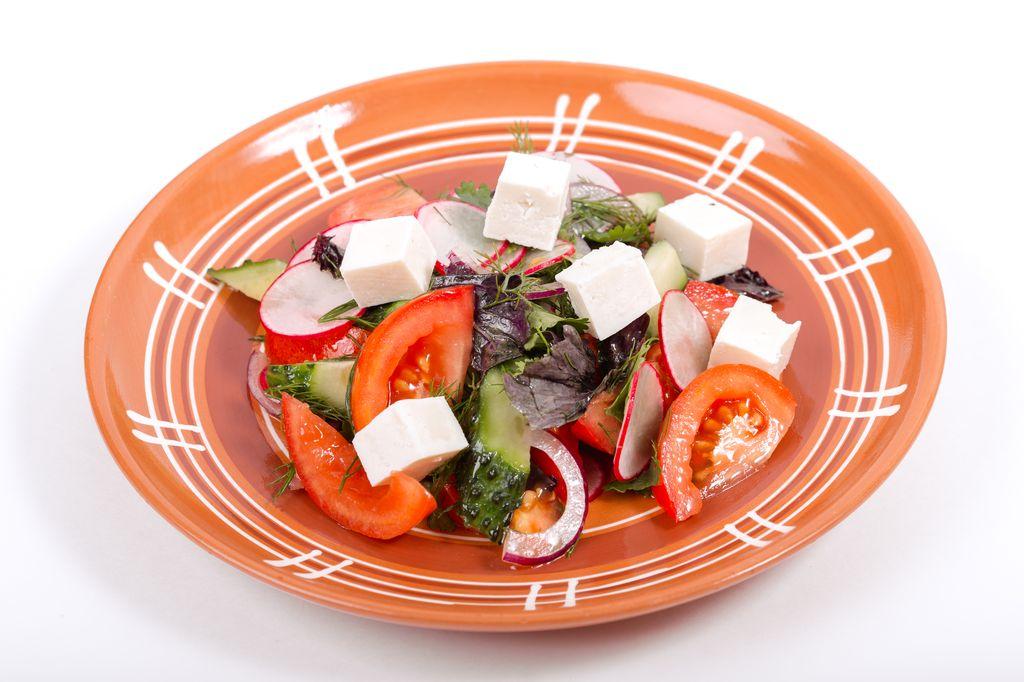 Салат Огород с сыром Казачий