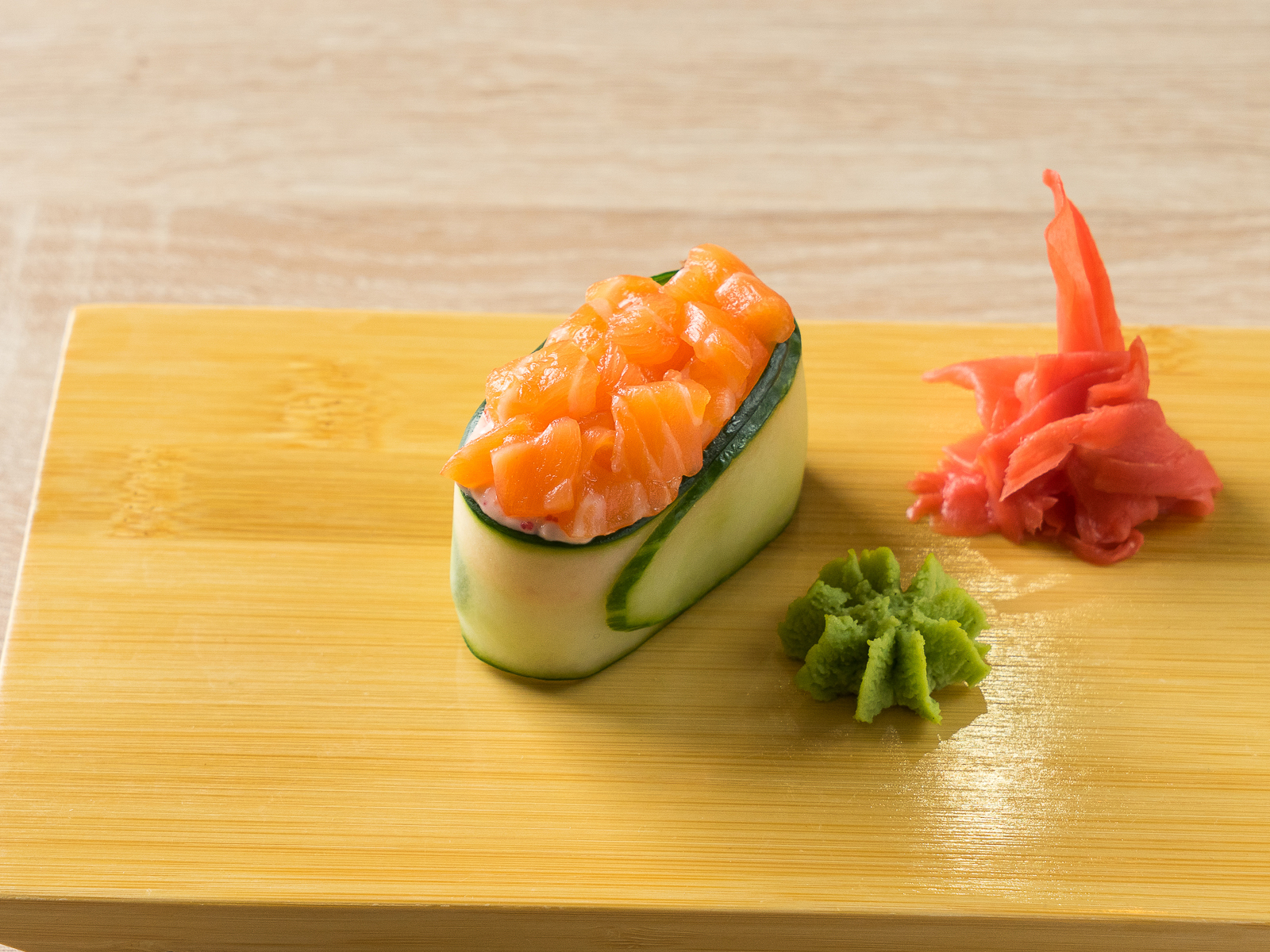 Каппа суши Лосось