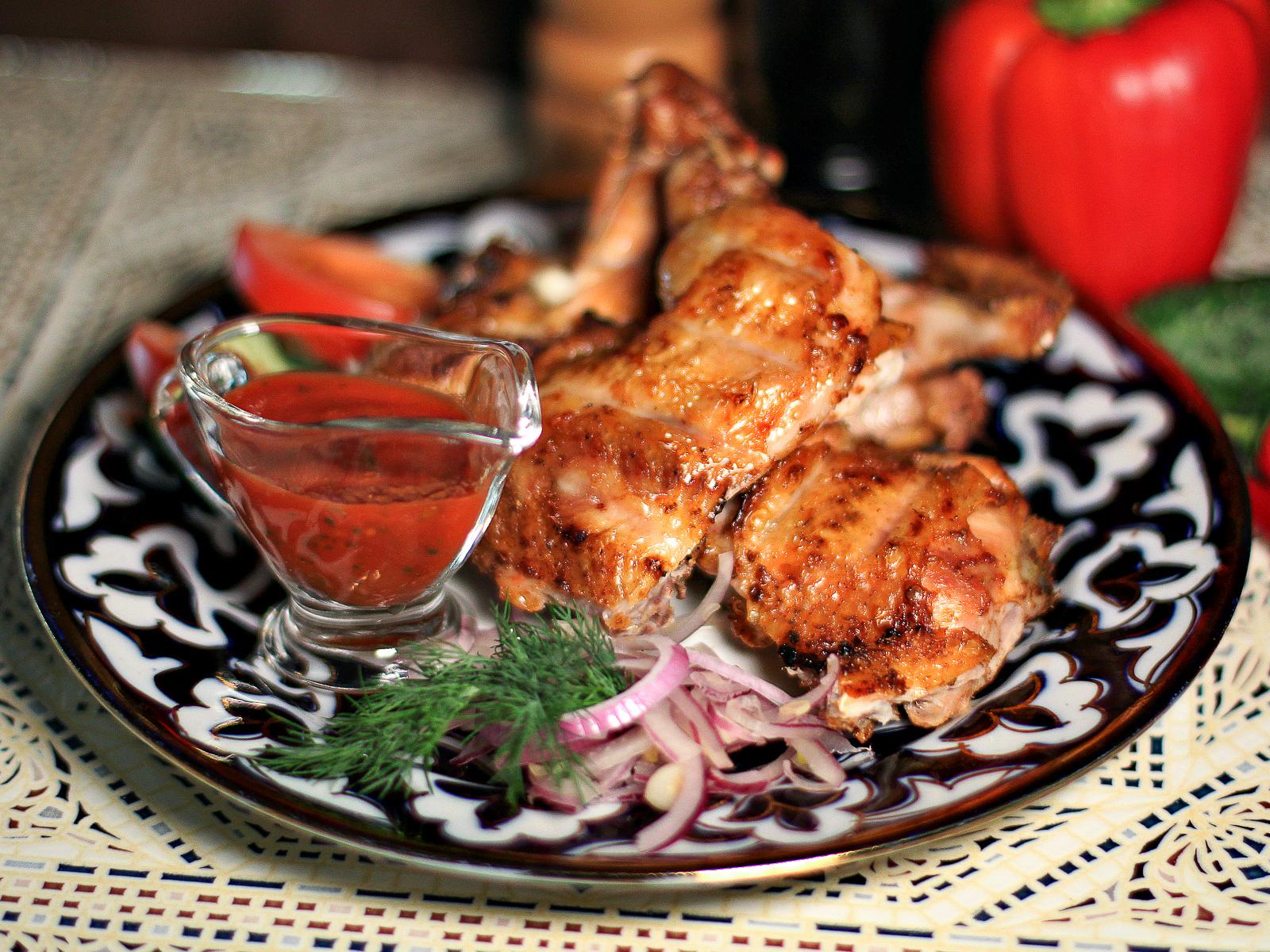 Цыпленок жареный на углях