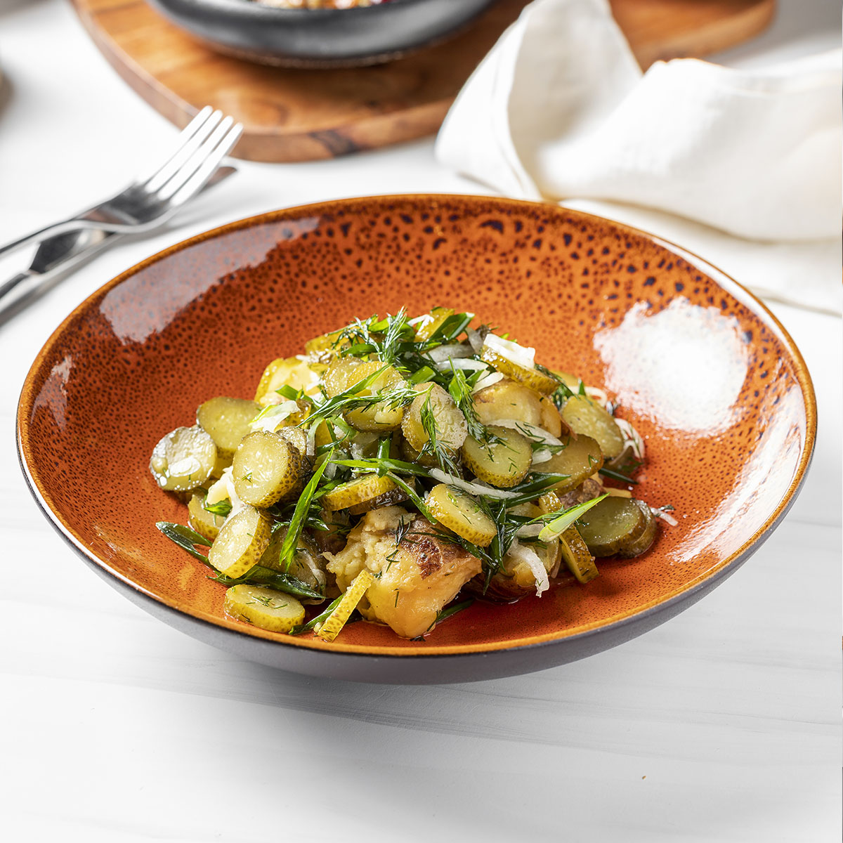 Салат с солёными огурцами