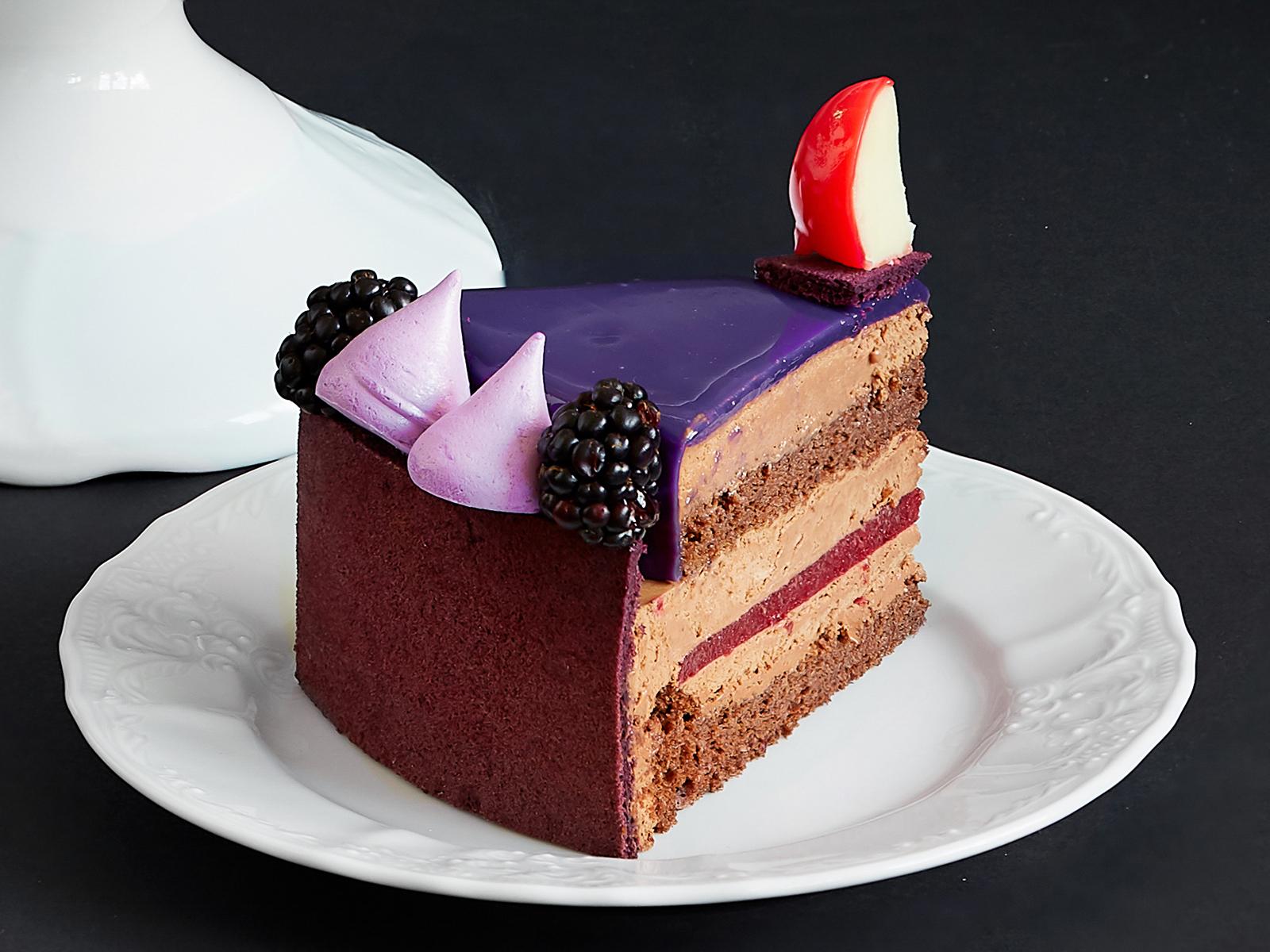 Кусок торта Руж Мондиаль