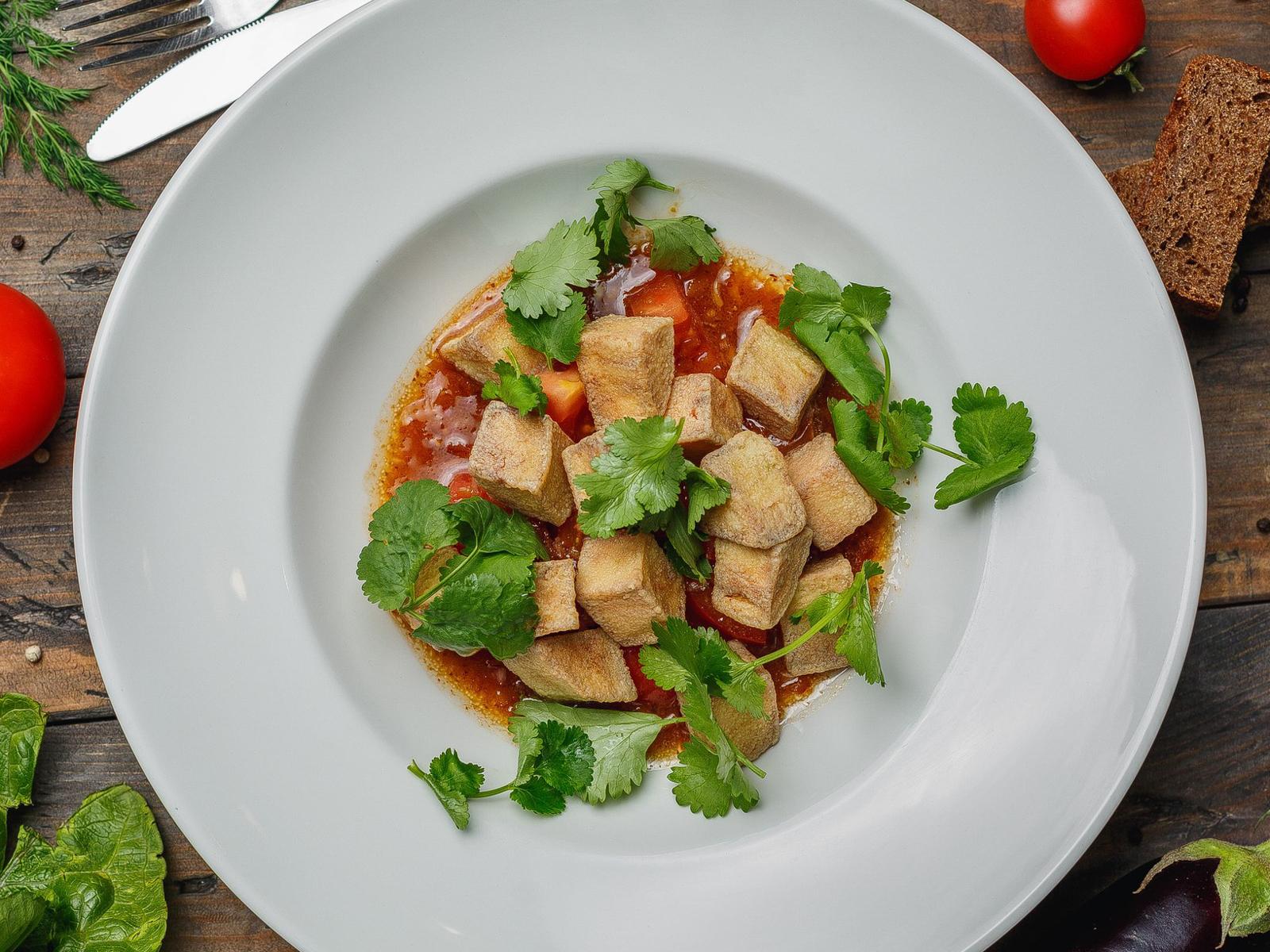 Салат Хрустящие баклажаны с азиатским соусом