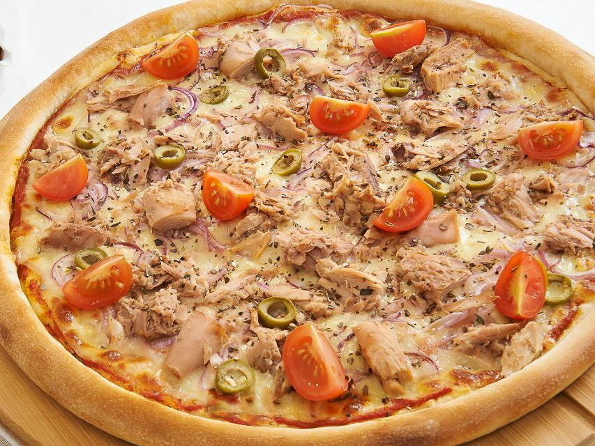 Пицца Морская с тунцом