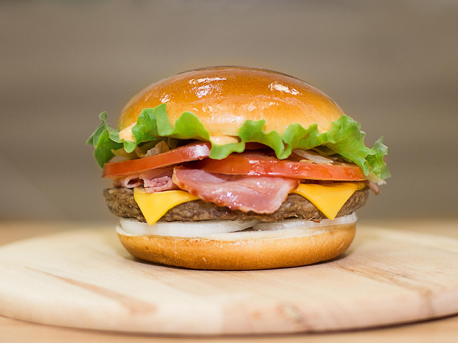 Большой бекон Бургер