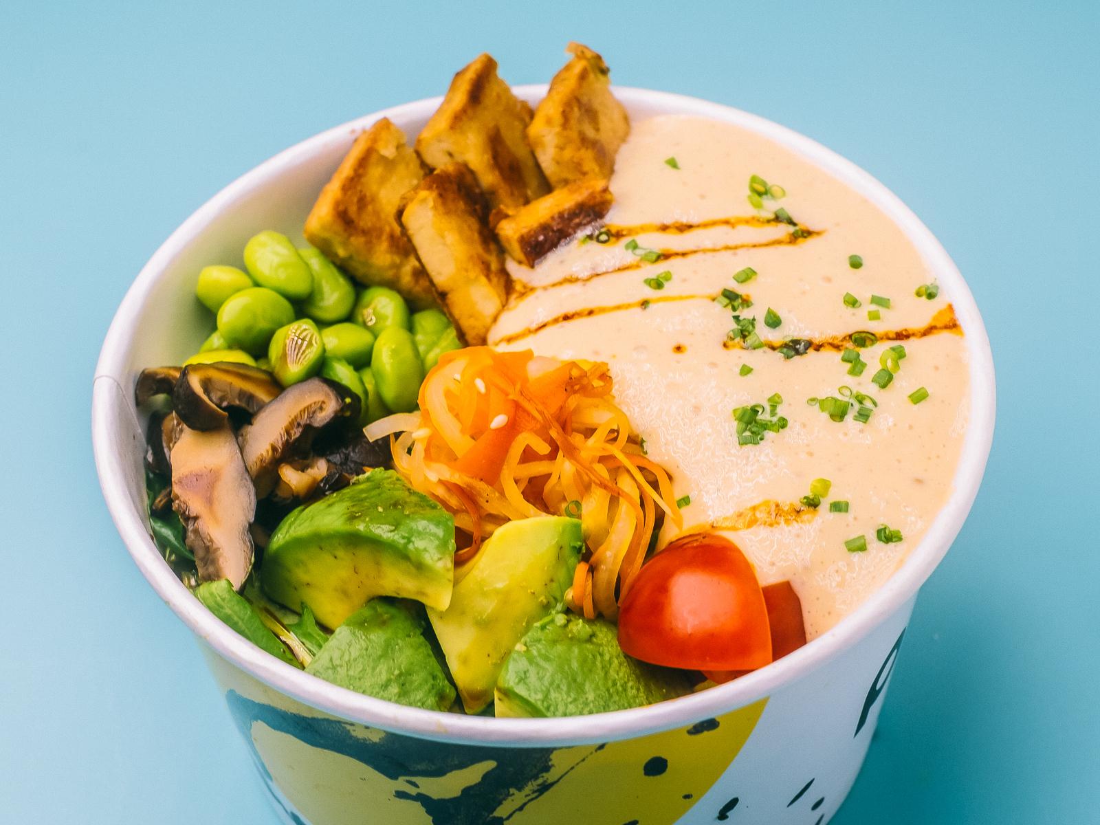 Салат боул с тофу