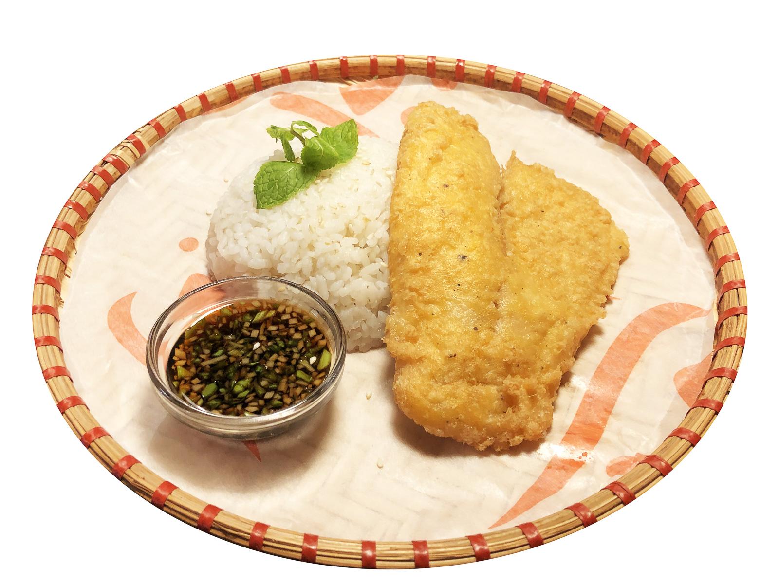 Королевский окунь с рисом