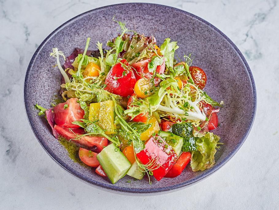 Салат овощной Песто