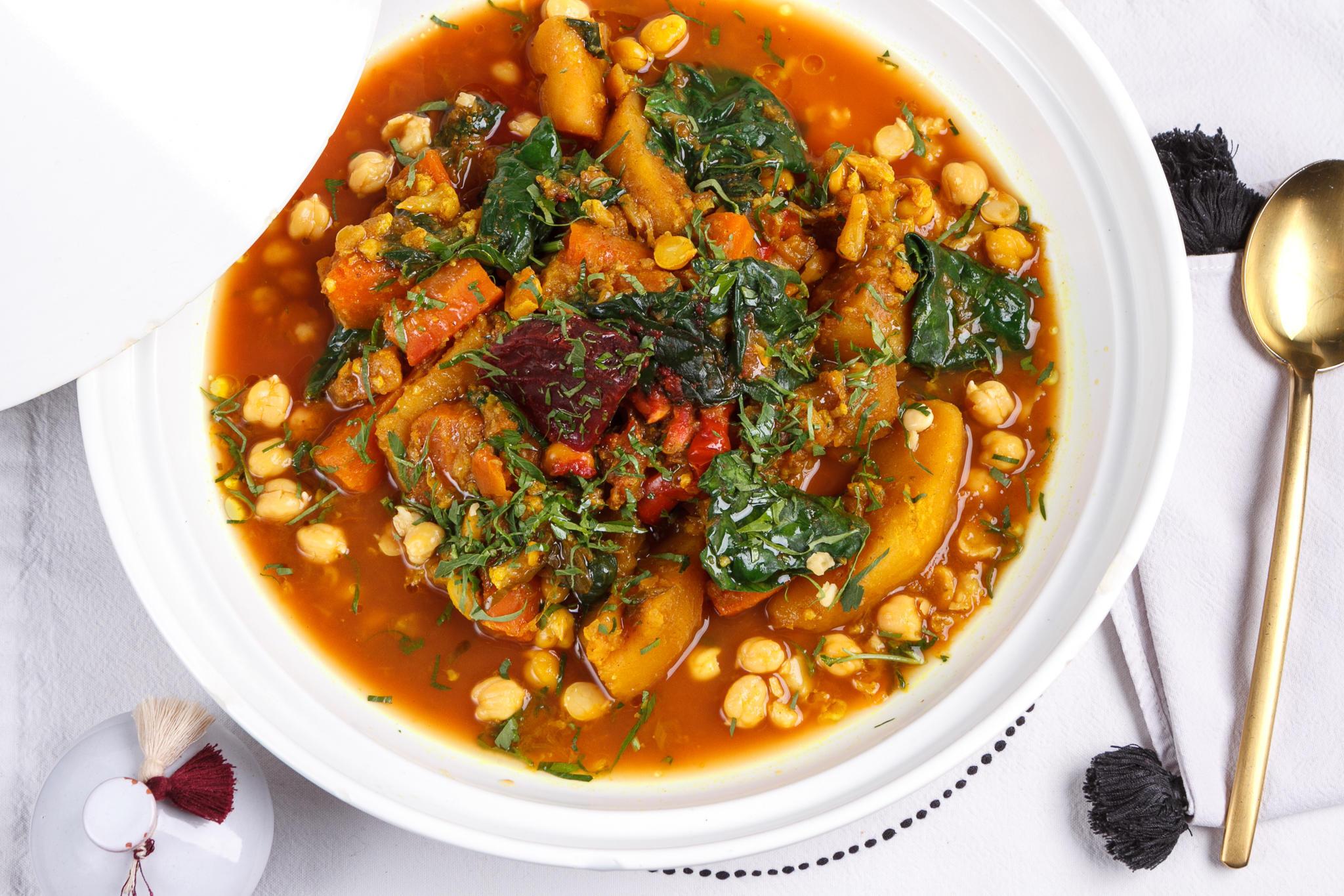 Овощной тажин с нутом, шпинатом и кумином (большой)