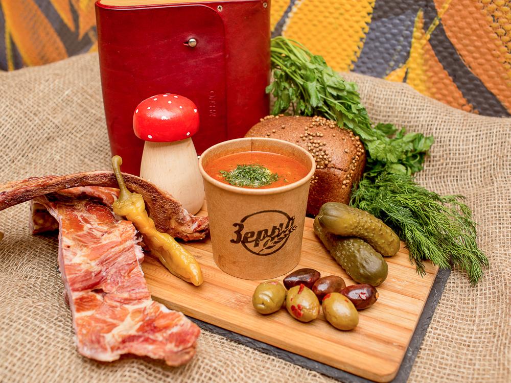 Солянка сборная мясная с испанскими маслинами