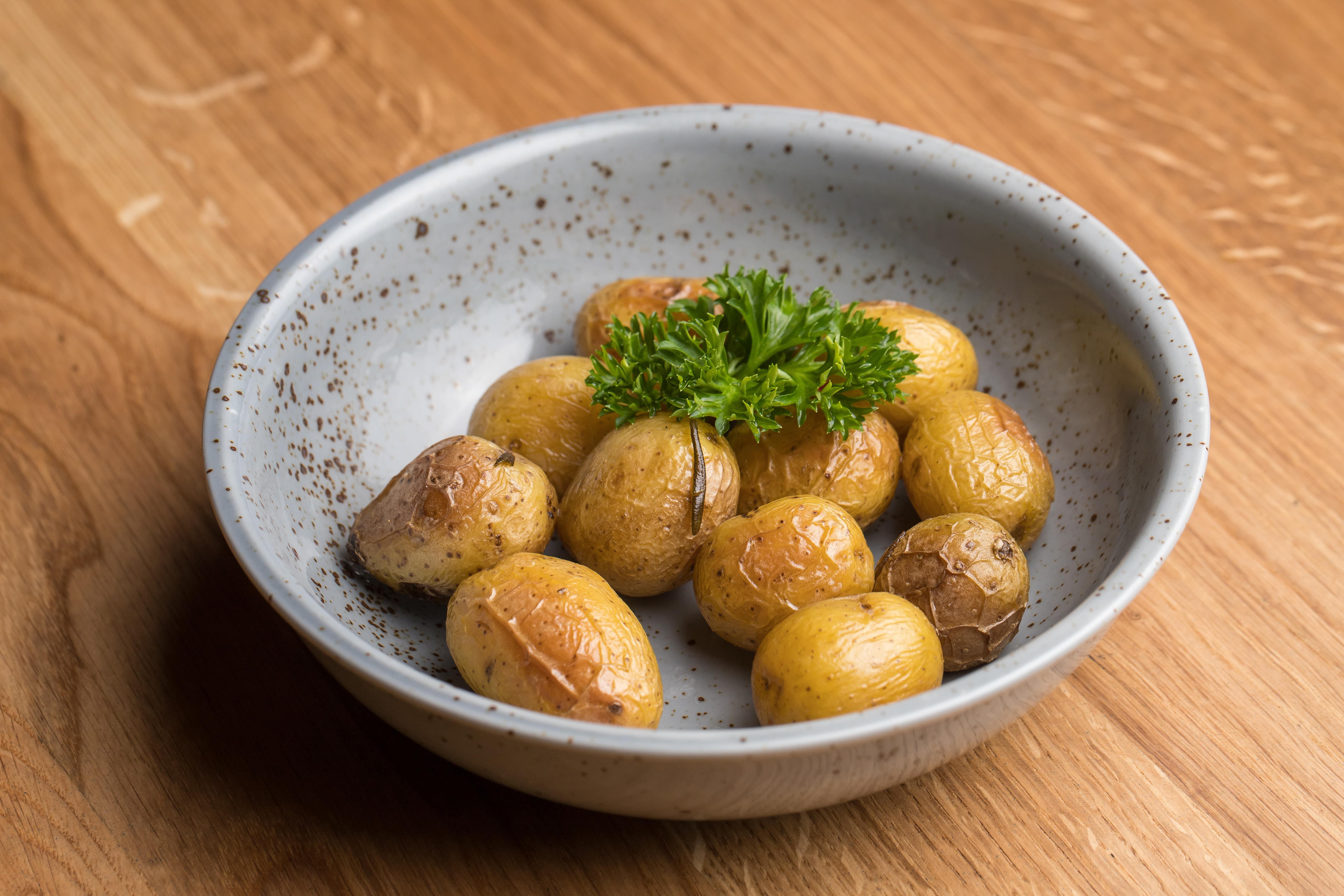 Мини-картофель запеченный