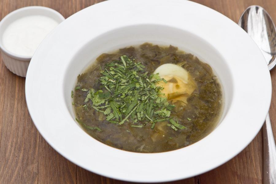 Щавелевый суп с яйцом и мацони