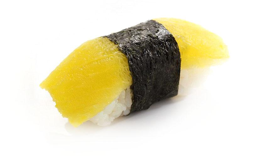 Суши нигири Такуан