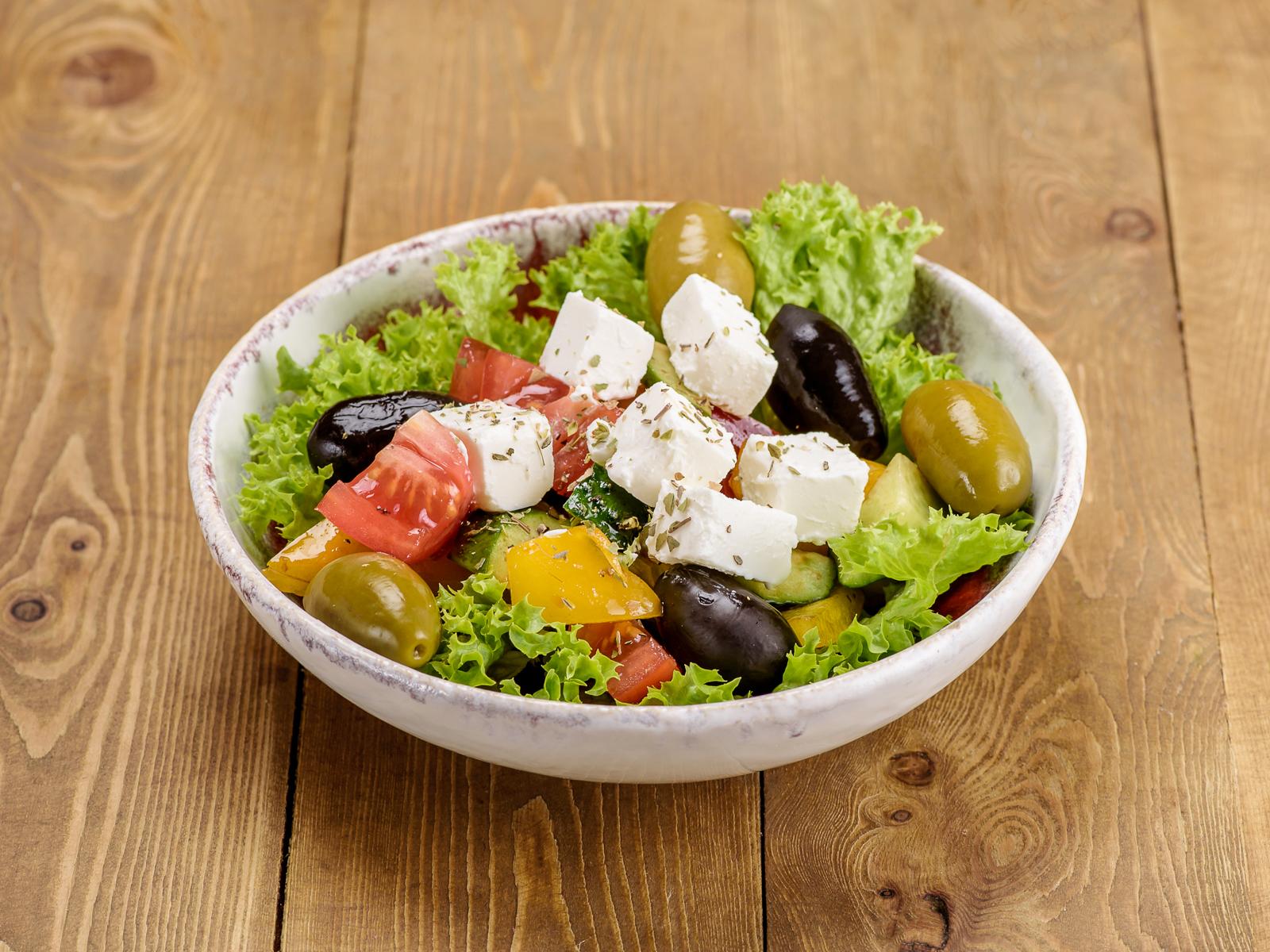 Салат Овощной по-гречески