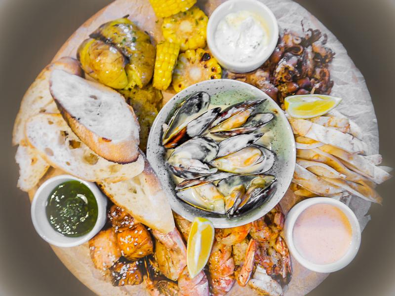 Плато с морепродуктами