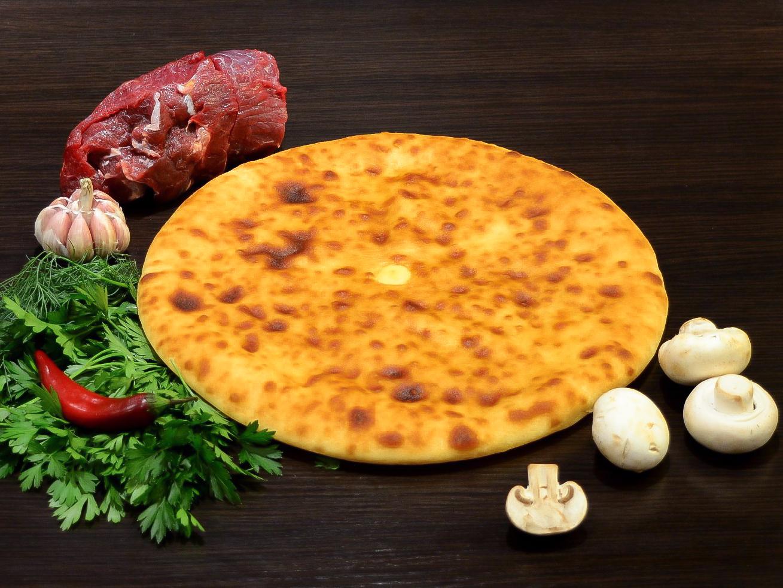 Осетинский пирог с мясом и грибами
