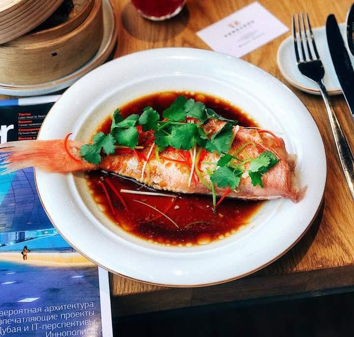 Рыба окунь с имбирем и соевым соусом