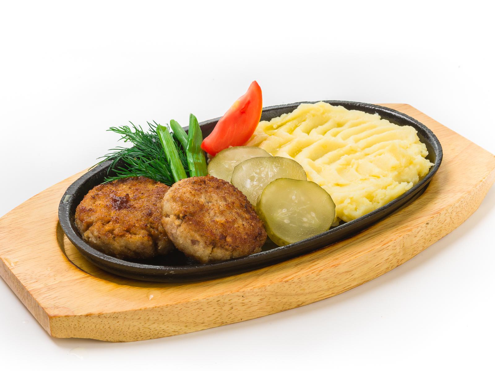 Котлеты из индейки с картофельным пюре